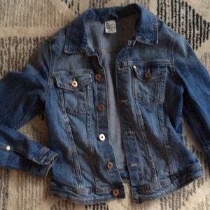 H&M medium wash denim jean jacket size 8